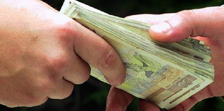 Хванаха държавен служител при получаване на подкуп в Разград - Регионални - Стандарт Нюз