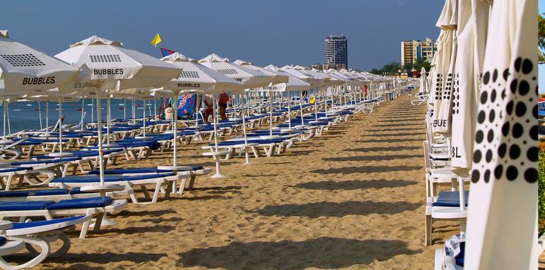 Резултат с изображение за празни плажове