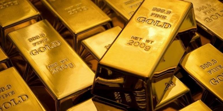 Изкупуват злато като при война - Бизнес - Стандарт Нюз