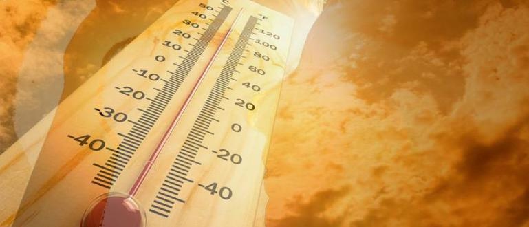 Днес отново ще бъде предимно слънчево, след обяд и горещо.