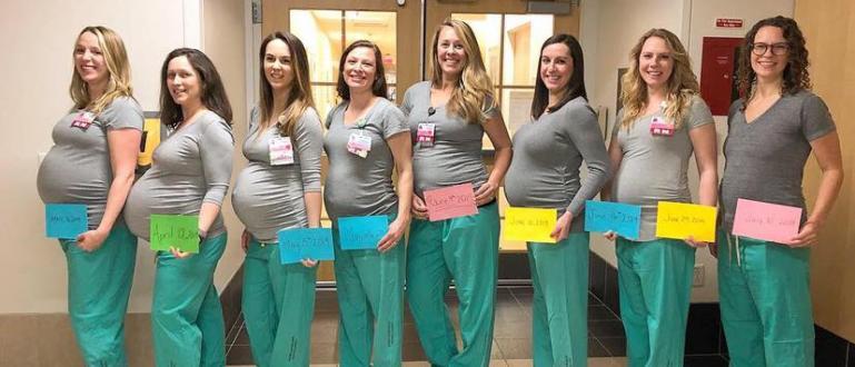 Деветтемедицински сестри, които забременяха по едно и също време, публикувахаснимки