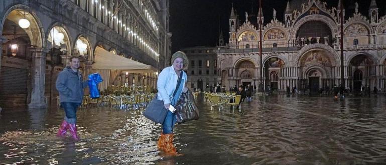 Лошото време, засегнало южните и централните райони на Италия, доведе