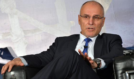 Управителят на БНБ Димитър Радев бе отличен в престижна класация