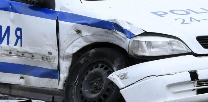Пиян младеж без шофьорска книжка е блъсналполицейски автомобил в Хасково,