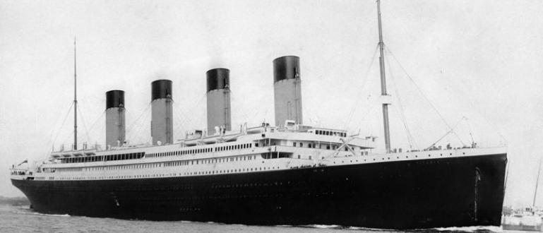 Вече 35 години вървят експедиции към потъналия кораб