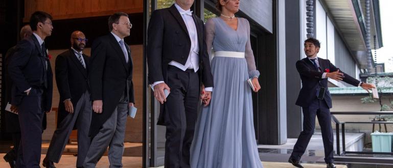 Президентът Румен Радев и съпругата му Десислава показаха висока класа