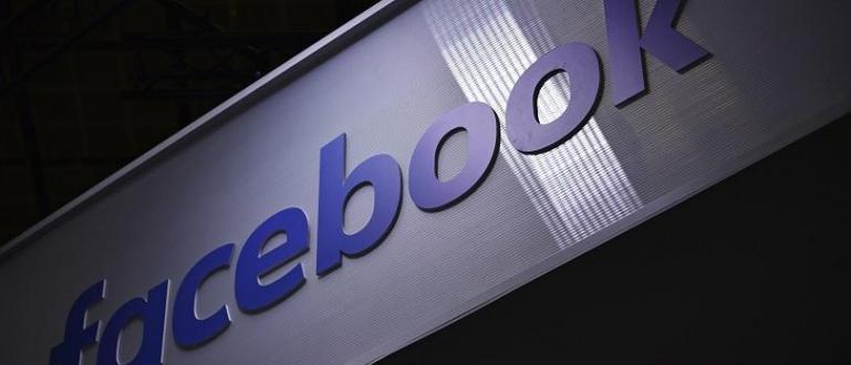 Социалната мрежа Фейсбук стартира Shops - услуга, която ще позволява