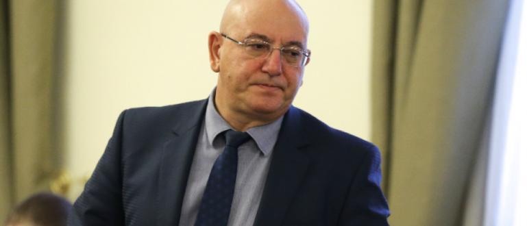Перник няма да пие водата на София, увери тойСпоред министъра