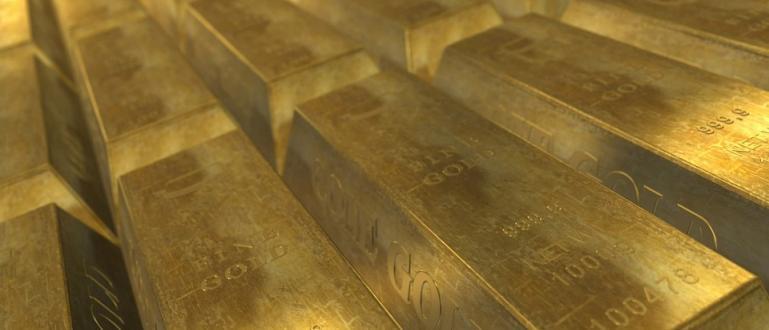 Златото продължи да поставя рекорди и днес, достигайки до цена