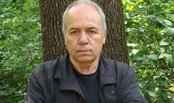 Известният български писател и сценарист Александър Томов е починална 76-годишна