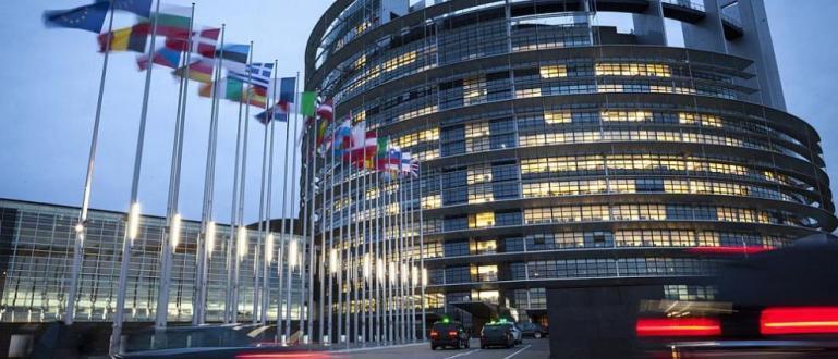 Групата държави срещу корупцията (GRECO) към Съвета на Европа е