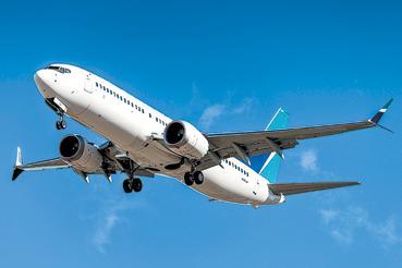 Коронавирусът удари световния транспорт и туризъмАвиокомпаниите панически оптимизират бизнеса, производителите
