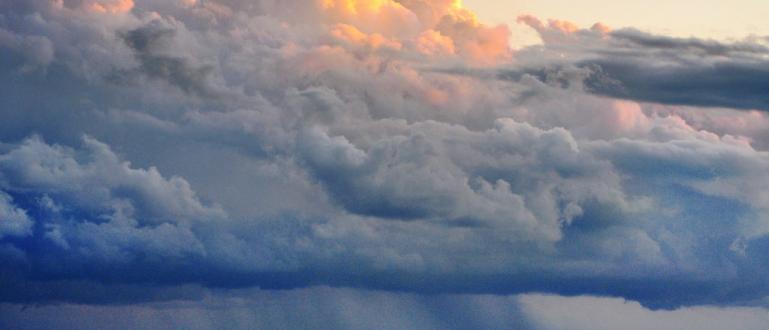 Днес ще е предимно облачно, като на отделни места са