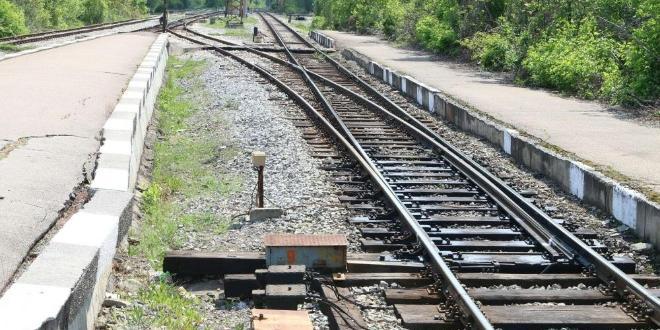 Снимка: Влак блъсна мъж на гара Искър