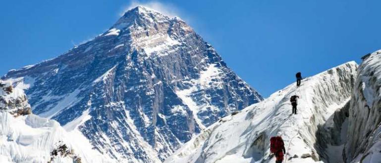 Еверест е най-високият връх в света. Но коя е най-силната
