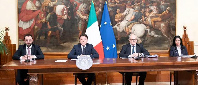 Премиерът на Италия Джузепе Конте обяви нова програма за стимулиране