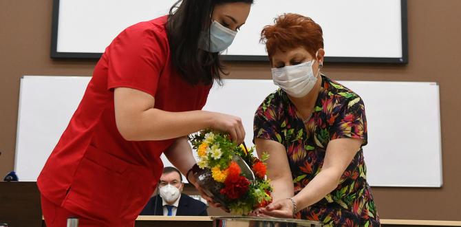 """Снимка-БуфалоУниверситетската акушеро-гинекологична болница """"Майчин дом"""" отбеляза Деня на родилната помощ"""