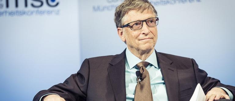 Докато новият коронавирус носи глобален хаос, Бил Гейтс е новата