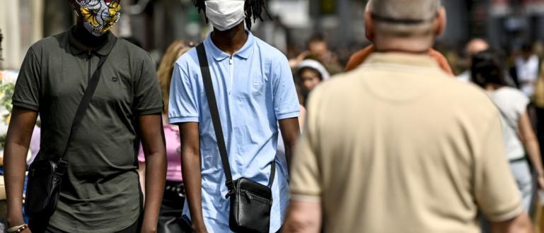 В Брюксел наложиха носенето на маски за лице на всички