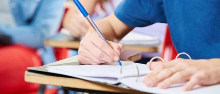 В 38 висши учебни заведения оценката от матурата заменя тази