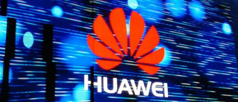 Великобритания даде зелена светлина на Huawei да участва в изграждането