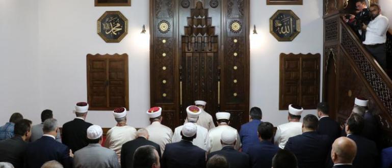 Днес е най-големият религиозен празник за мюсюлманите – Курбан Байрям.