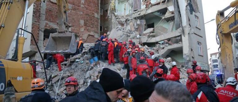 Снимка: Учен плаши Турция с още силни земетресения