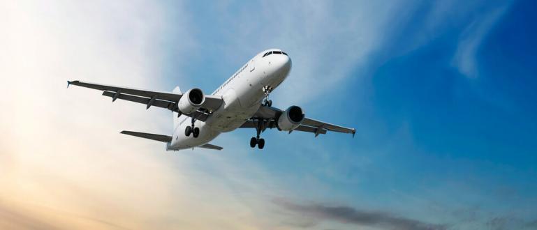 """Ентусиаст похарчи 45 000 британски лири, за да купи """"Airbus"""