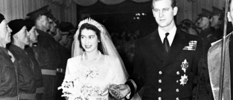 Кралица Елизабет Втора и нейният съпруг принц Филип отбелязват днес