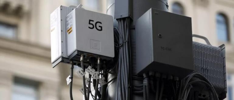 Британското правителство ще наложи забрана на Huawei да участва в