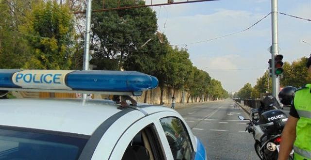 Трима души са задържани след инцидент на пътя София -