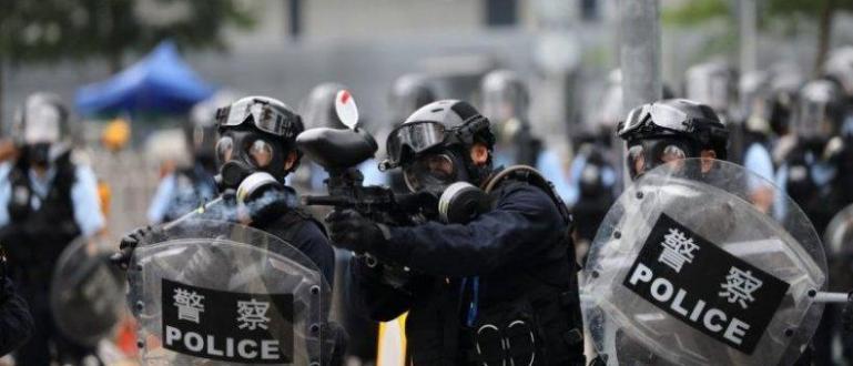 Снимка: Пореден ден на протести в Хонконг