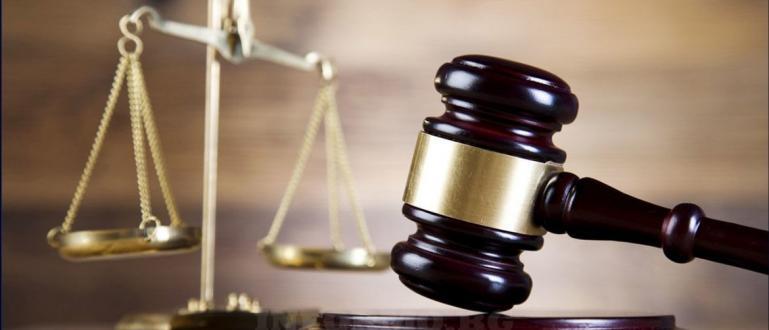 Бум на делата срещу бързите кредити отчитат съдии. Гражданите протестират