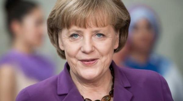 Германският канцлер Ангела Меркел тайно е посетила руския опозиционер Алексей