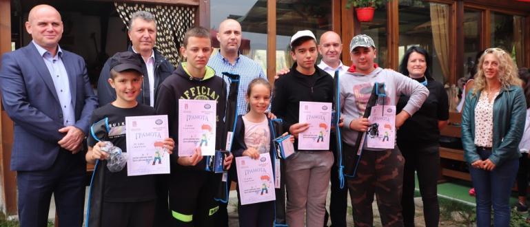 В празничния 5-ти октомври МКБППМН – община Банско организира спортни