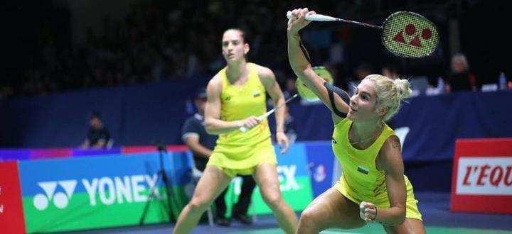 Българките Габриела и Стефани Стоеви започнаха с убедителна победа участието