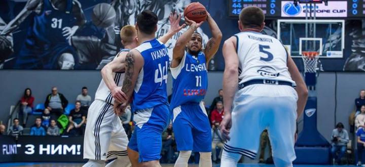 Носителят на Купата на България по баскетбол отбор на Левски