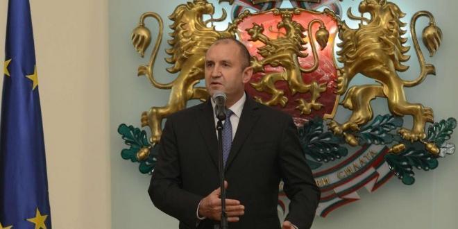 """От 13.00 часа на """"Дондуков"""" 2 президентът Румен Радев инициира"""