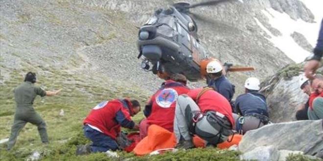 Гръцката спасителна служба провежда мащабна операция за спасяване на 25-годишен