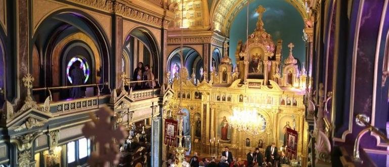"""Няма нанесени щети на Желязната църква """"Св. Стефан"""" в Истанбул"""