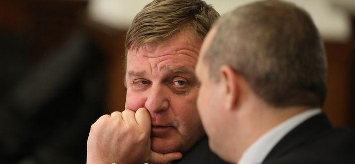 Красимир Каракачанов подаде сигнал до главния прокурор за опити за