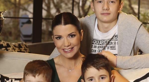 29-годишният бъдещ татко бил богаташФолк певицата Кали е бременна, такива