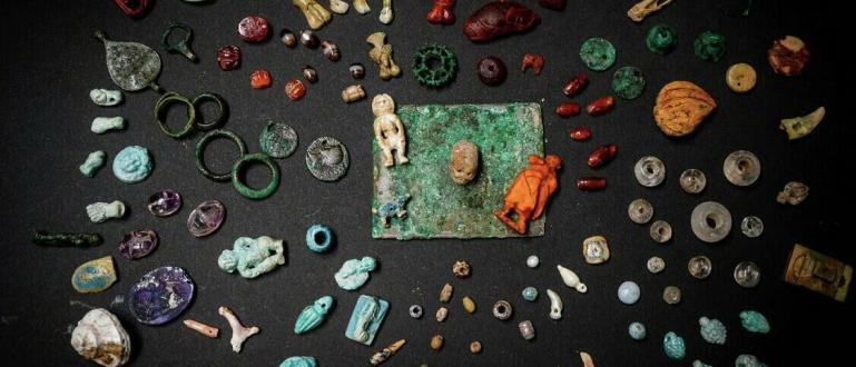Археолози са открили в Помпей цяла съкровищница от украшения и