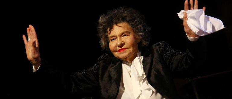 97-годишната Стоянка Мутафова е била преместена от Правителствена болница във