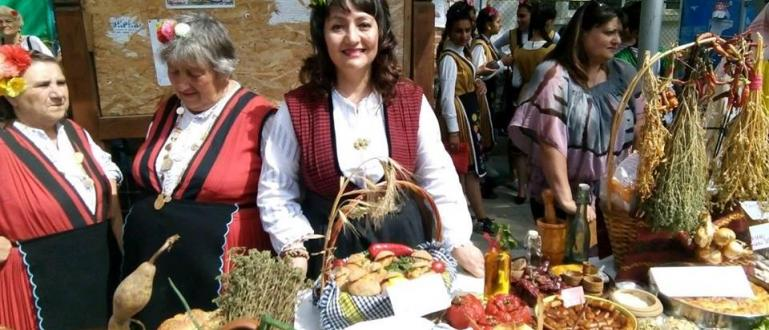 В панагюрското село Бъта всяка домакиня има своя тайна рецептаМайстори