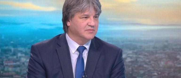 Възмущение от мотивите на президента Румен Радев за отказа му