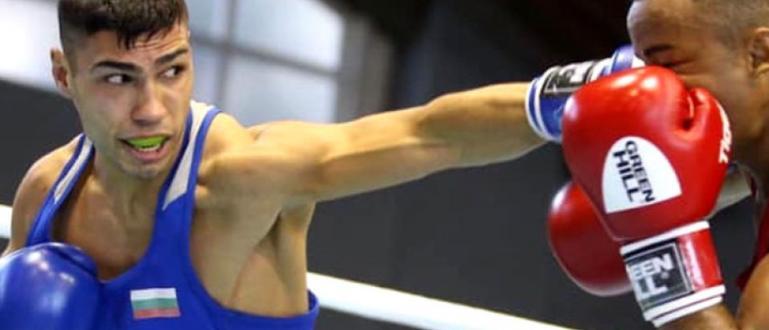 Двукратният европейски шампион по бокс Даниел Асенов започна с категорична
