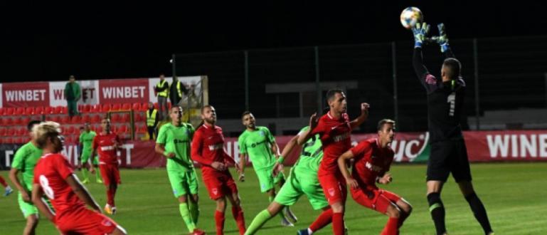 Черно море приема ЦСКА-София днес във Варна в дербито от