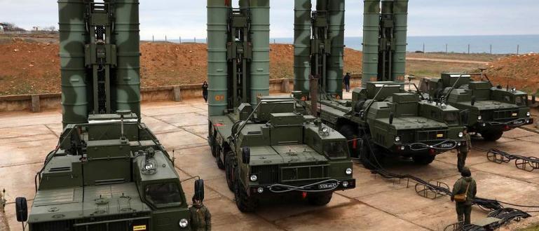 Съвременната международна ситуация показва риск от избухване на световна ядрена