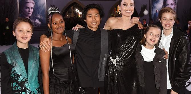 Анджелина Джоли заяви, че се е развела с Брад Пит